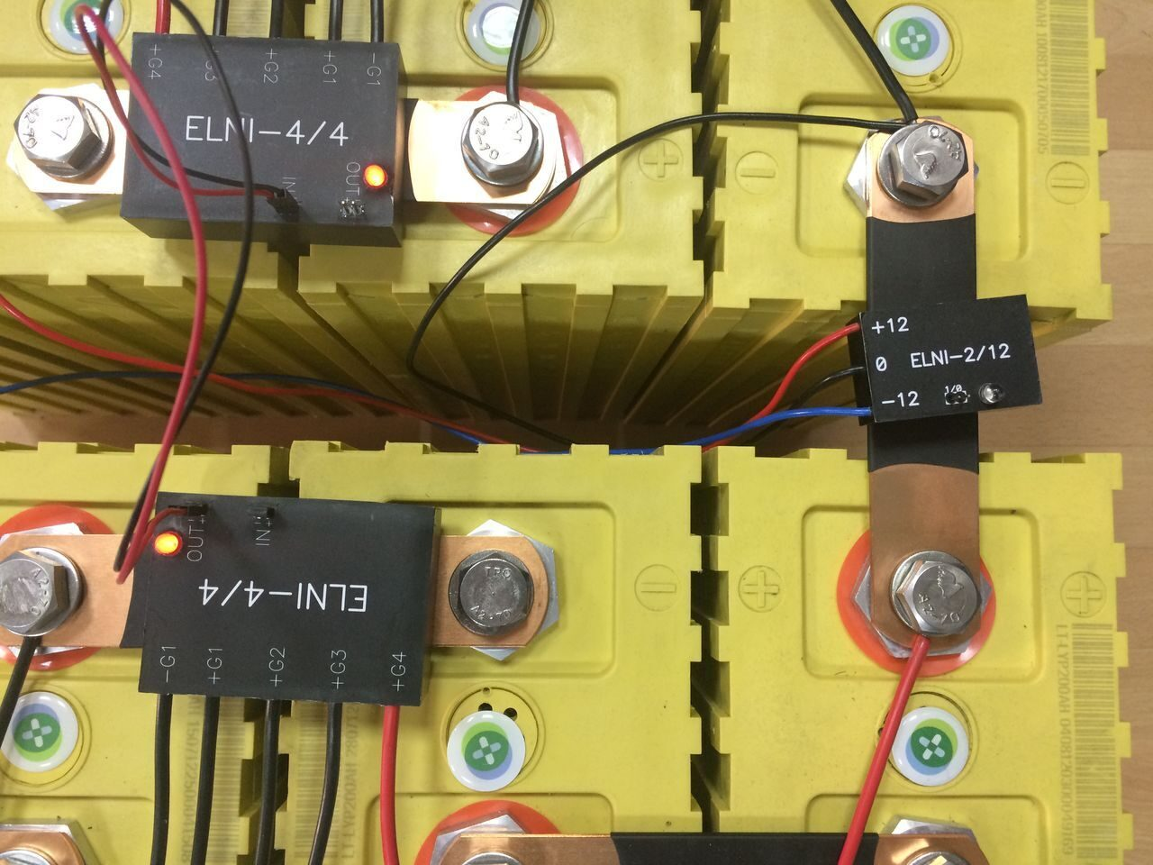 схема заряда батареи нпс оне